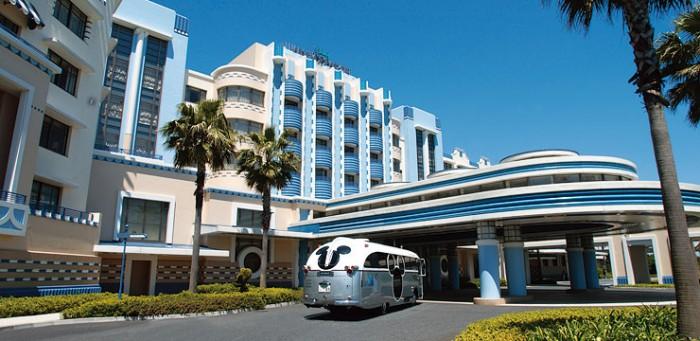 アンバサダーホテルの外観(画像引用元:楽天トラベル)