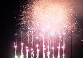 ビースティーレ舞浜からの花火(画像引用元:楽天トラベル)