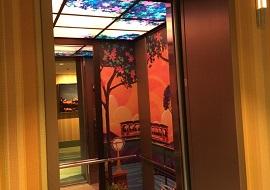 セレブレーションホテルのエレベーター