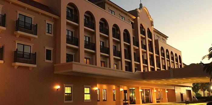 セレブレーションホテルの外観