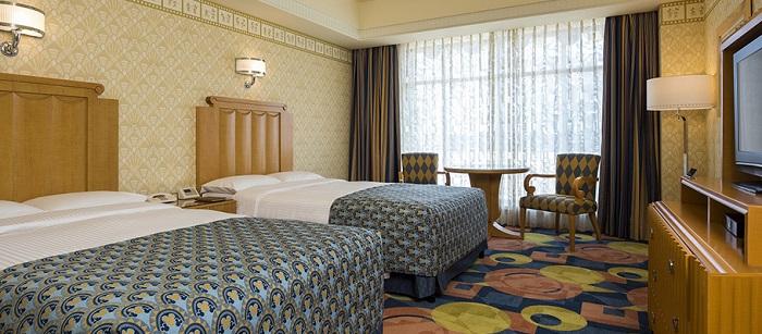 ディズニーアンバサダーホテルの最安値予約5人家族