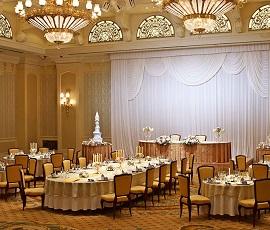 ディズニーランドホテルウェディング披露宴会場(画像引用元:Disney)