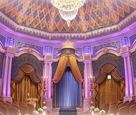 ディズニーランドホテルウェディング挙式会場(画像引用元:Disney)