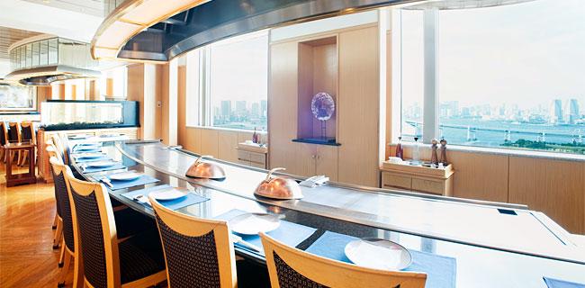 グランパシフィックダイバの鉄板焼きレストラン(画像引用元:楽天トラベル)
