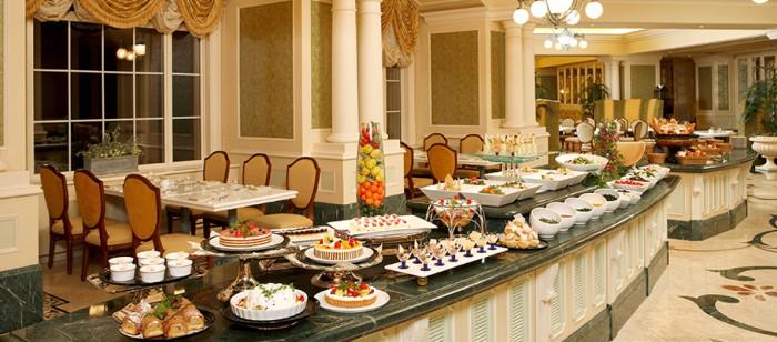 ディズニーランドホテルのレストラン(画像引用元:楽天トラベル)