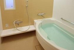 東京ベイ舞浜の客室風呂(画像引用元:楽天トラベル)