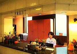 ナイスインホテル舞浜東京ベイのフロント(画像引用元:楽天トラベル)
