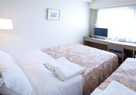 パールホテル葛西のダブルルーム3人部屋(画像引用元:じゃらん)